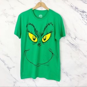 How the Grinch Stole Christmas Graphic Tee M